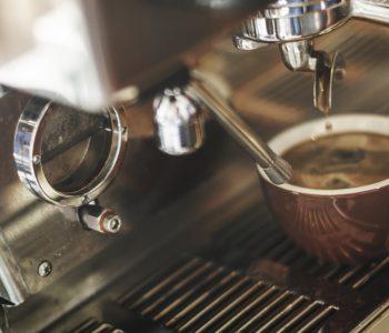 Coffee beans VS Instant coffee